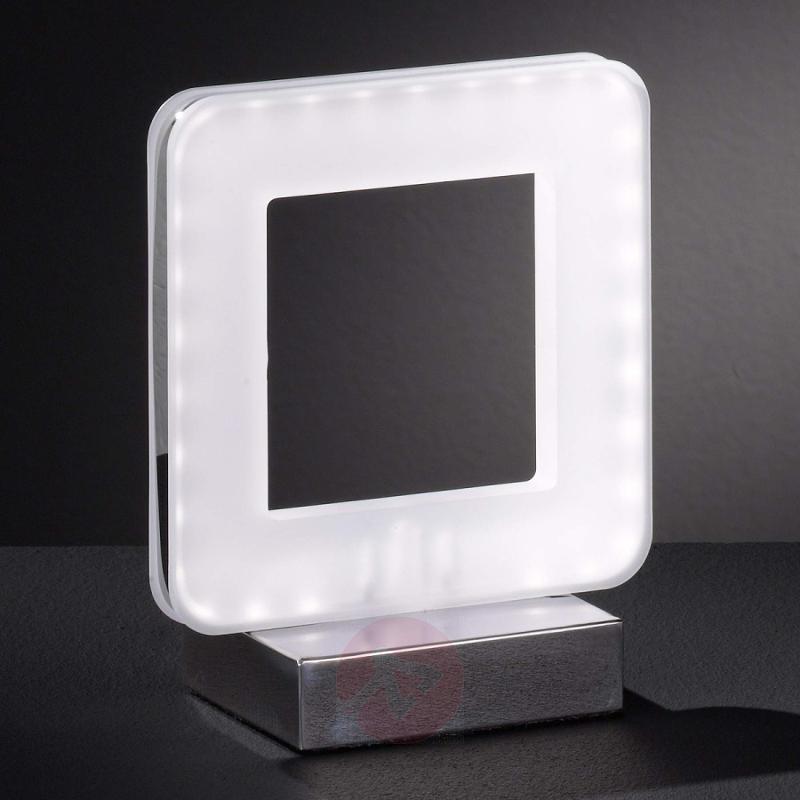 Ultra modern Nic LED table lamp - indoor-lighting