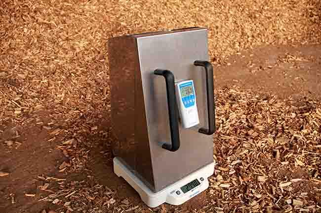 Biomass Moisture Meter - humimeter BM2 - for the determination of water content of wood chips, bark, wood pellets, etc.