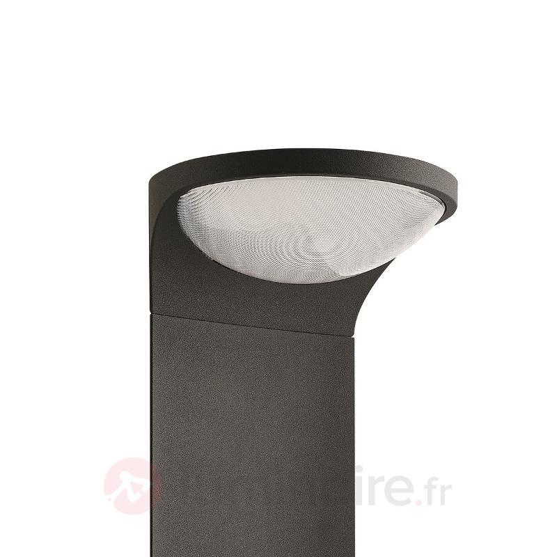 Borne lumineuse LED solaire Dusk, anthracite - Toutes les bornes lumineuses