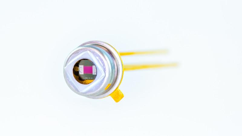 IR source JSIR350-5-BL-C-D2.55-0-0 - Fast  radiation source JSIR350-5-BL-C-D2.55-0-0