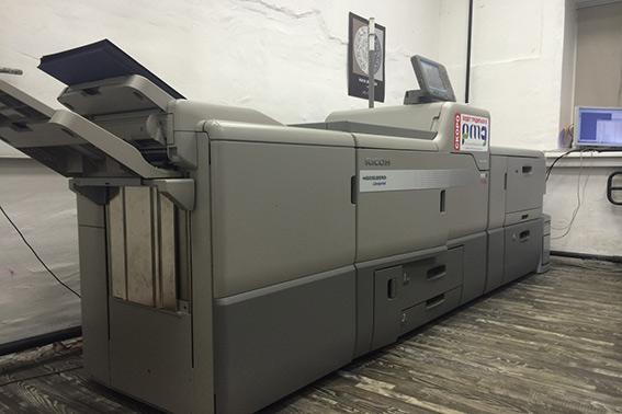 Около 200 тысяч оттисков в месяц печатают на цифровой машине