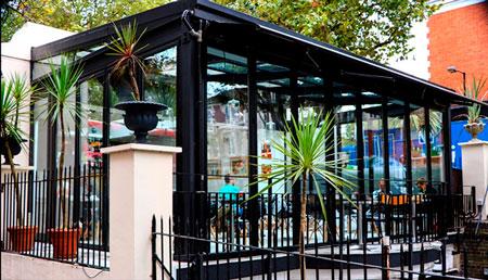 Profitez de la terrasse de votre restaurant tout au long de
