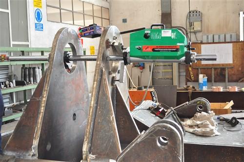 Barenatrice Portatile / Portable in line boring machine