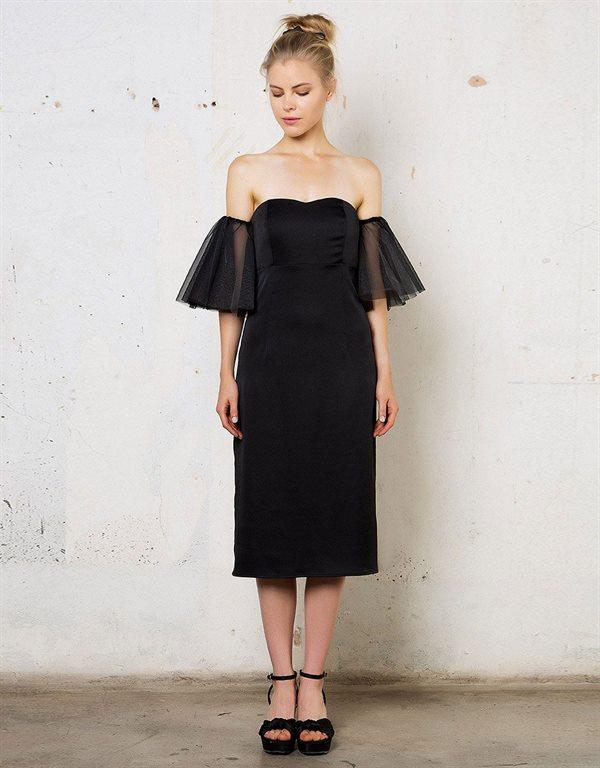 Σατέν midi strapless φόρεμα με τούλινα μανίκια