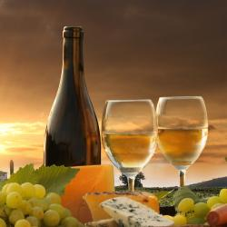 Branded wines & unlabeled wines - private label