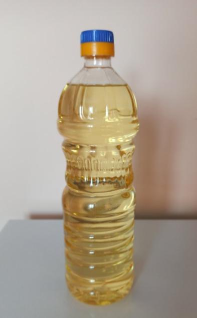 Refined Soybean Oil in PET bottles