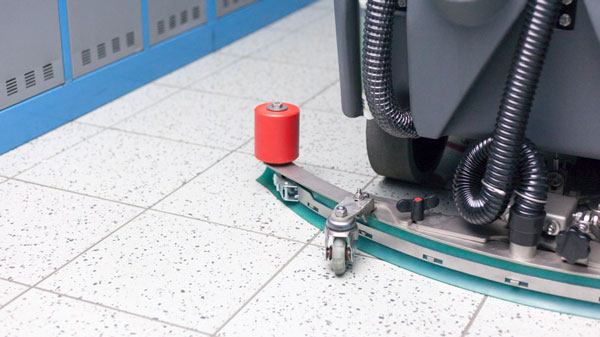 3BLADE® - scrub and dry tiled flooring