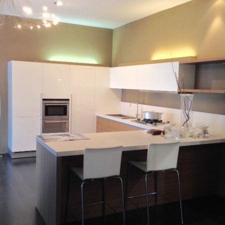 Simoni habitare simoni arredatori cucine arredamento for Arredatori di interni