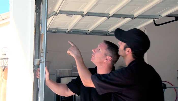 Cómo Automatizar una Puerta de Garaje manual