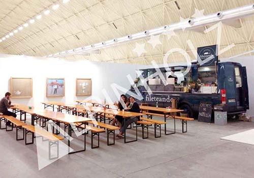 Mesas y bancos Alpinholz para catering foodtruk