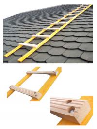 echelles de toiture echelle de toit bois. Black Bedroom Furniture Sets. Home Design Ideas