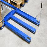 Heavy-duty floor mounted pull-out units