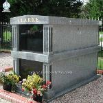 High Quality Granite Two Crypts Family Mausoleum