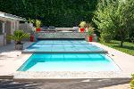 Abri de piscine plat et motorisé