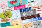 Étiquettes, pendentifs et bracelets avec votre logo