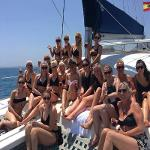 Despedida de soltera en barco (Boat party)