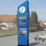 clocks & displays clocks with advertising space