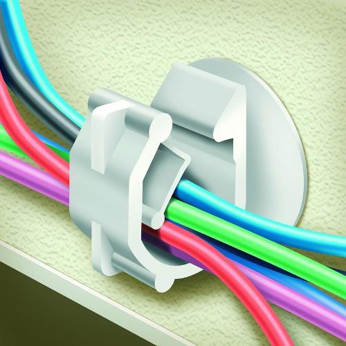 Attache gaine et câble électrique