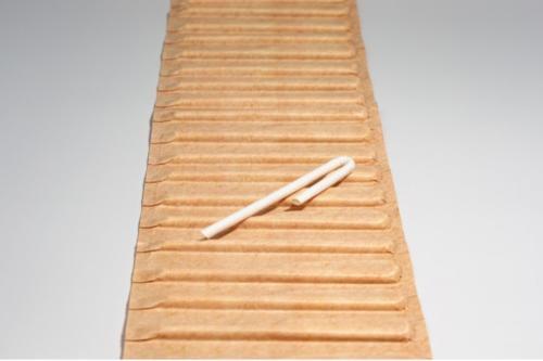U-shaped paper straw