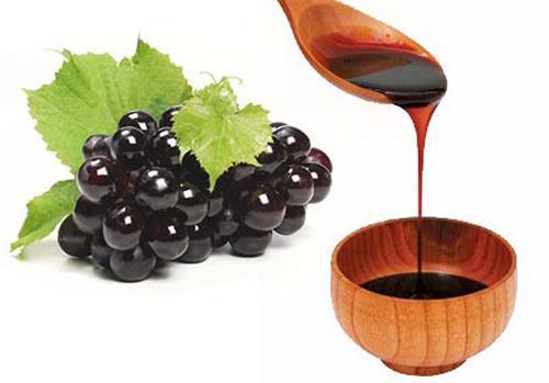 Persian domestic grape syrup; Dowshab