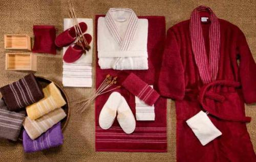 Bath Robes, Bath Towels, Gloves & Slippers