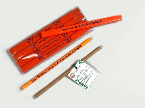 Деревянный карандаш