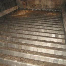 Grate bars for water-cooled grates