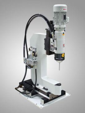 Friedrich CNC-Nietmaschinen als Modul