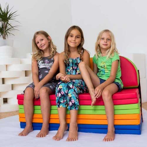 Sofa with pillows »Kaja«