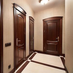 Межкомнатные двери из массива дуба на заказ