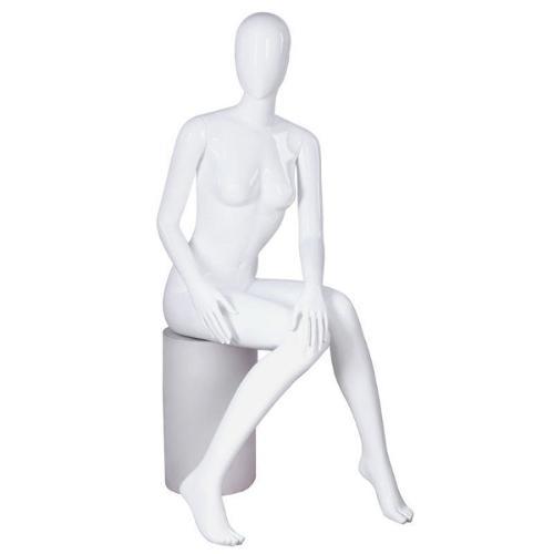Mannequin vitrine femme assis