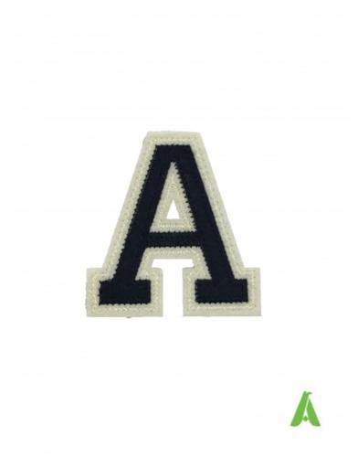 Lettere e numeri college per abbigliamento