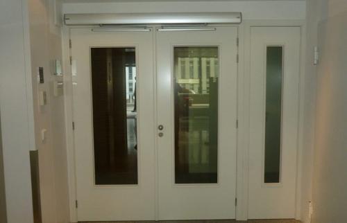 Ensemble avec double portes CF et fixe avec oculus