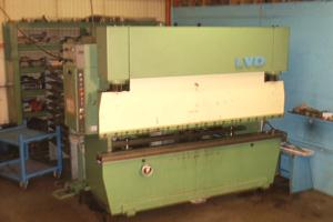 1 LVD PP bending press/2500mm