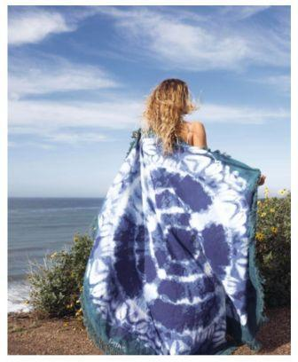 Beach Roundies and tapestry