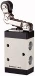 3/2-way valve, Mechanically M3 Roller lever, Free...