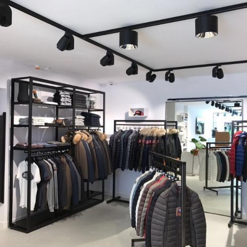 Retail display furnitures