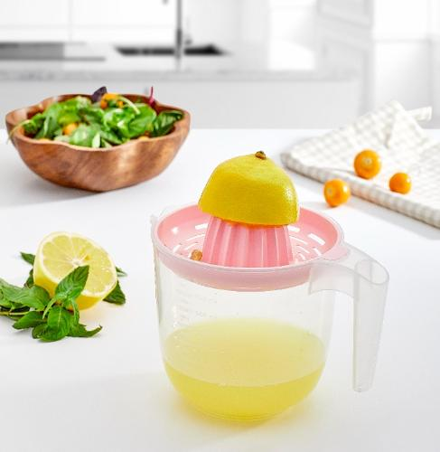 LEMON SQUEEZER WITH SCALE