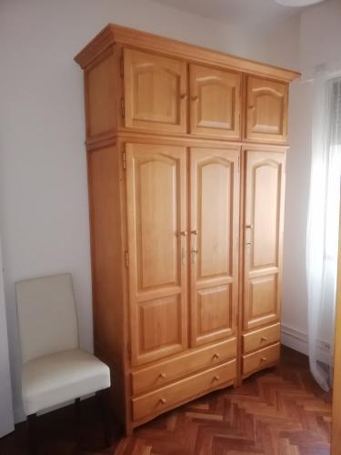 Armario Grande Para Dormitorio En Madera De Pino