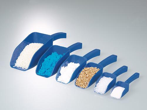 Pelle à main pour aliments, bleue