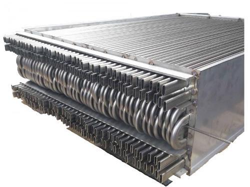 Flat tube heat exchangers