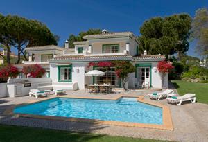 Casa de férias com piscina aluga-se