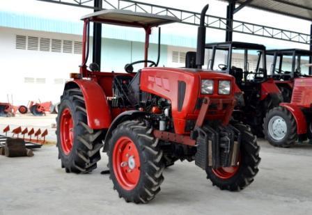 Трактор Беларус-421