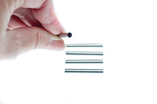 Комплектующие сеток: Жёсткие шланги для конвейерной доставки