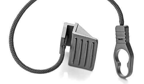 Rear parcel shelf cord