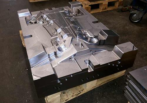 CNC fina obdelava gravurnih oblik