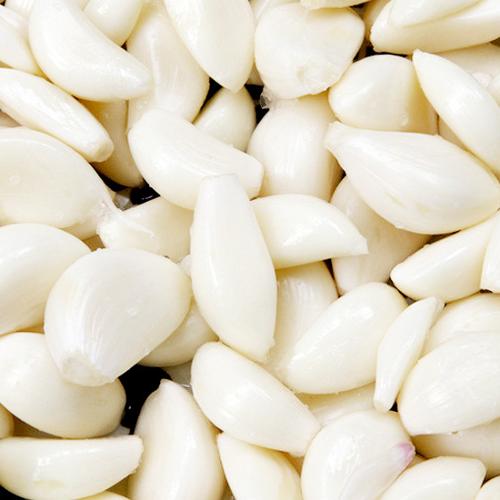 Chinese frozen vacuum packed peeled garlic