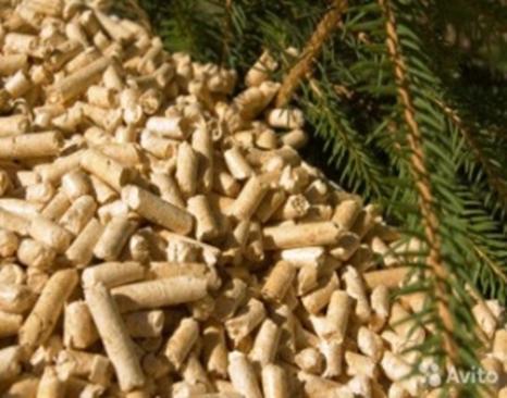 Древесные топливные гранулы (пеллеты).