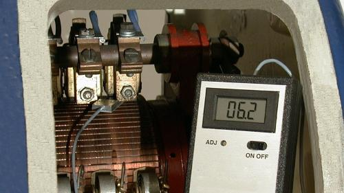 Brush-pressure measuring units