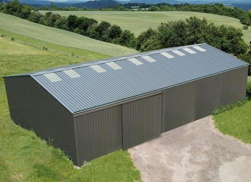 Galvanized steel framed building, cladded on 4 sides - 400